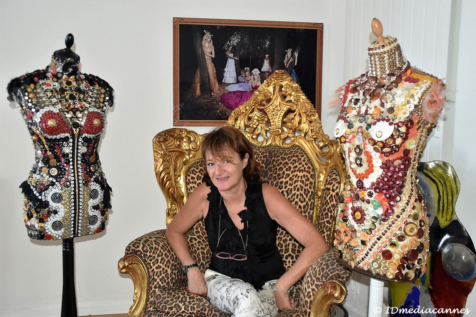 Bianca TOSTI … sculptures en mode boutons